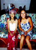 Hawaii_with_Sis.JPG (56814 bytes)